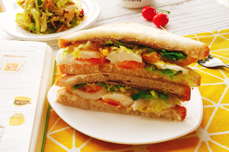 凉拌核果卷心菜&日式沼三明治