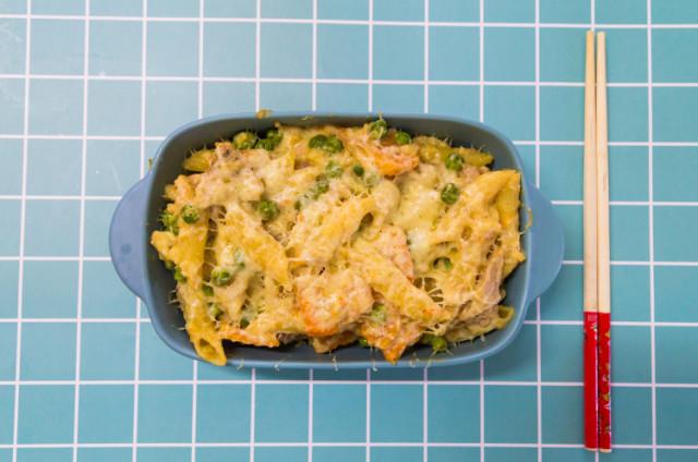 冬南瓜豌豆金枪鱼焗意面+小茴香土豆泥三文鱼韭葱豌豆派
