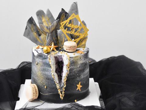 水晶洞装饰蛋糕