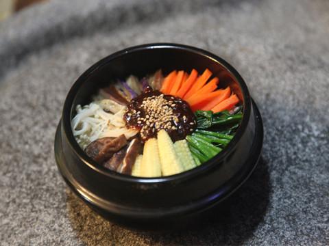 纯素全营养韩式石锅拌饭