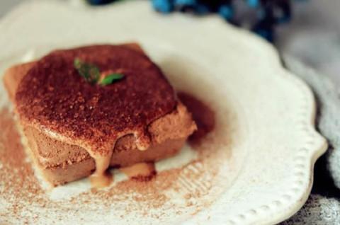 巧克力奶盖海绵蛋糕