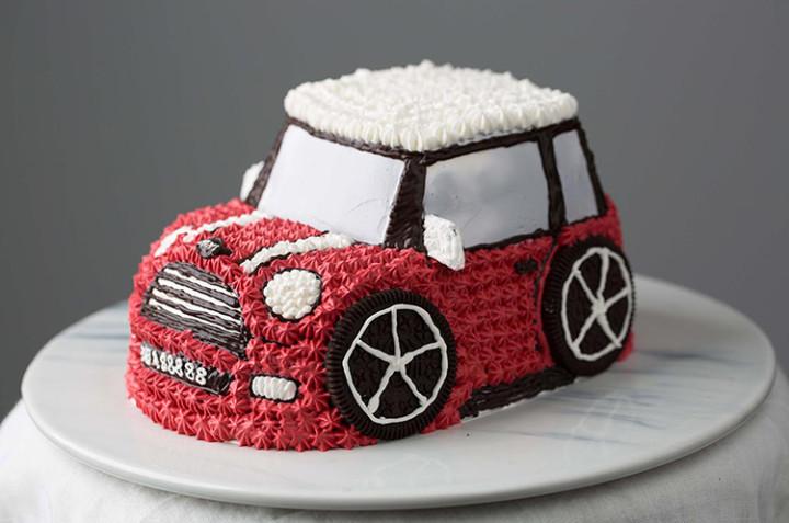 汽车造型蛋糕