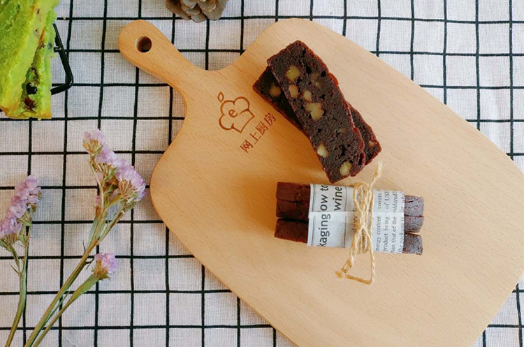 清新抹茶与浓情巧克力布朗尼