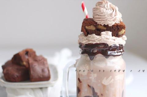 巧克力变态奶昔