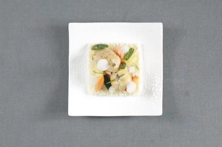 法式白汁鸡肉饭佐缤纷蔬菜