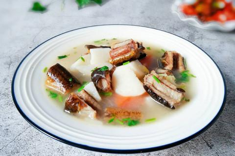 淮山鳝鱼汤和酱爆豉香鳝鱼