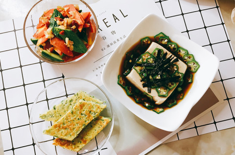 苦瓜面煎佐秋葵和风豆腐&韩式腌黄瓜