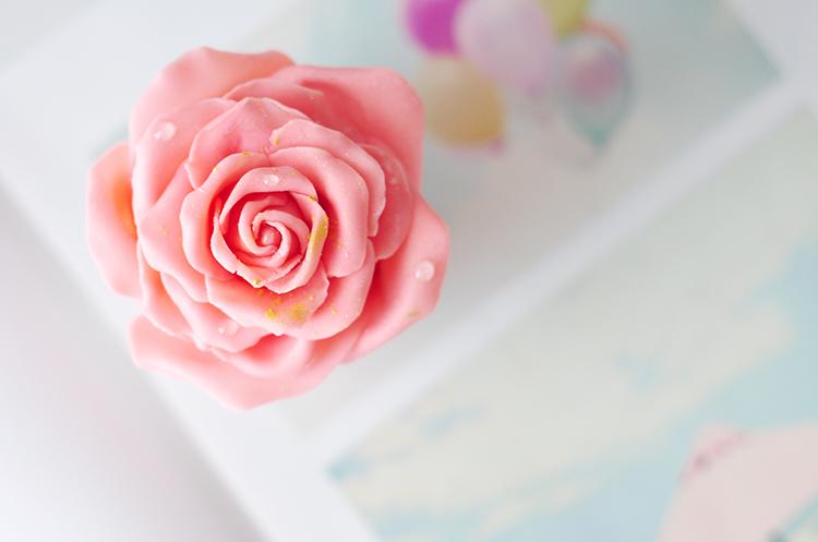 巧克力玫瑰草莓慕斯
