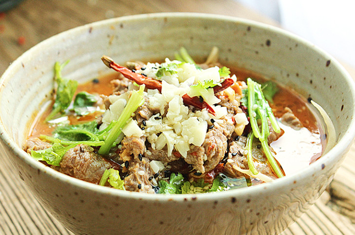 麻油沙姜鸡+水煮牛肉