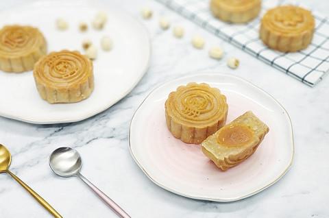 广式莲蓉蛋黄&芋泥肉松月饼