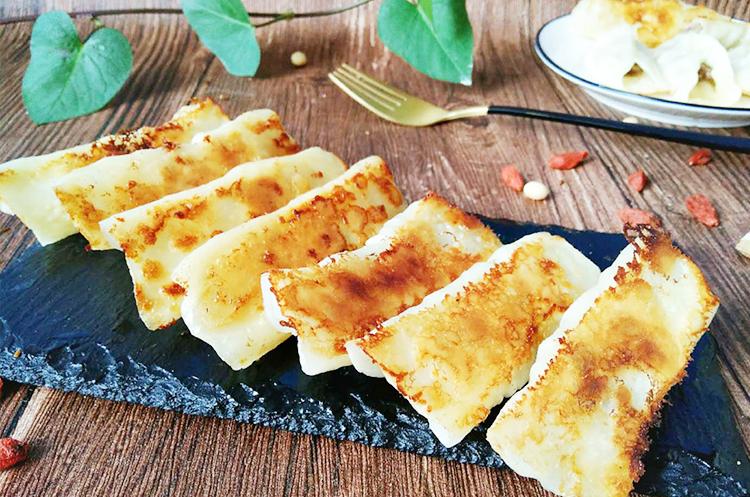 羊肉锅贴+羊肉烤串