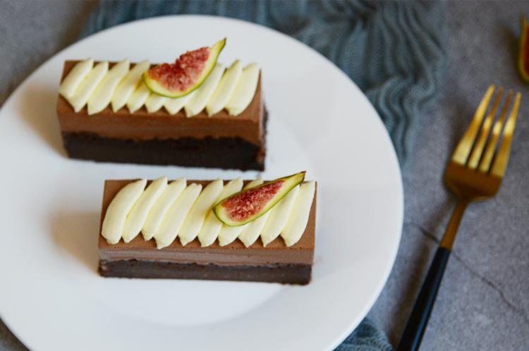 香缇黑巧布朗尼蛋糕