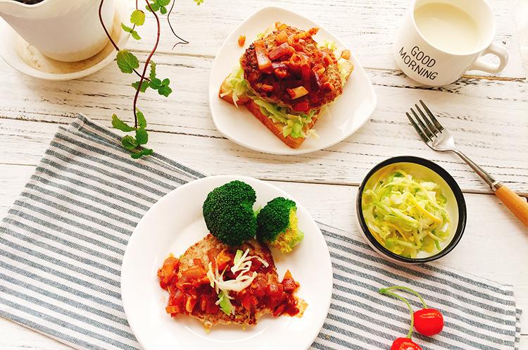 卷心菜汉堡排佐铁板酱&柠香渍卷心菜