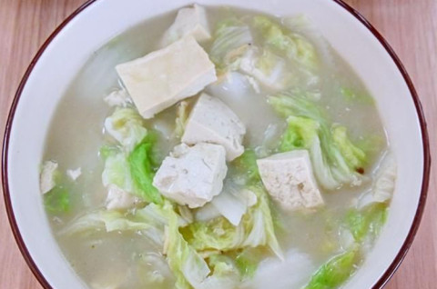 老豆腐白菜汤