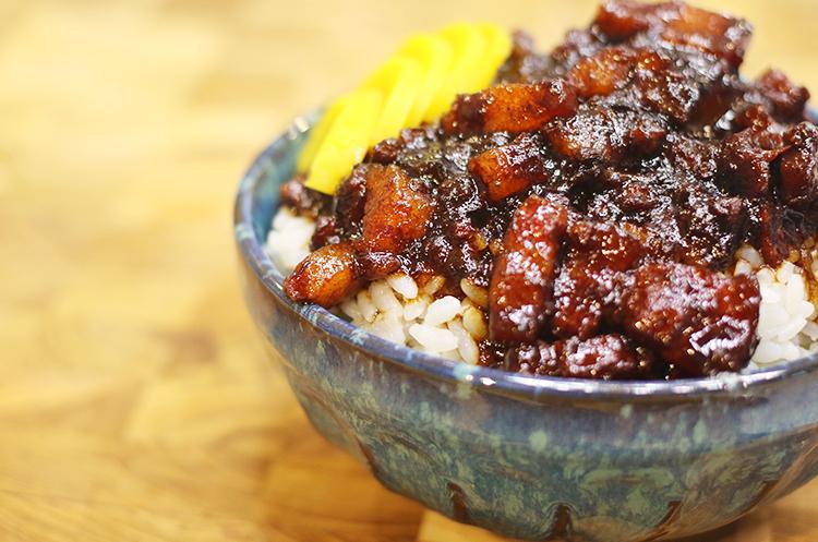 正宗台湾鸡肉饭与卤肉饭
