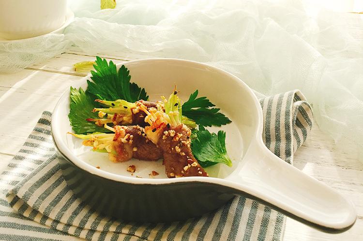 芹菜菌菇羊肉卷&柠香海盐西芹丝