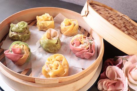 七彩花开蒸饺