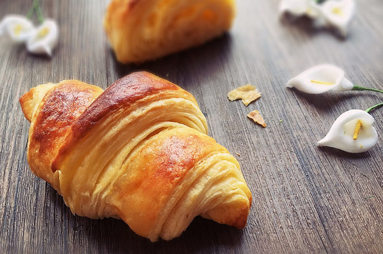 可颂-羊角面包
