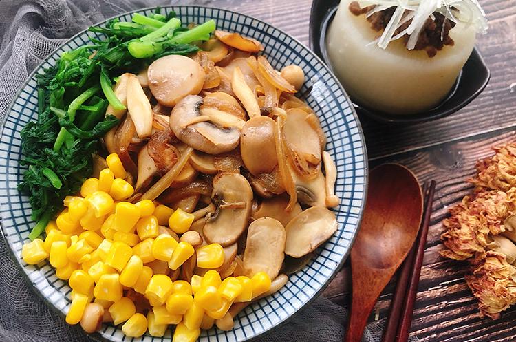 日式烧汁菌菇丼x昆布味增大根烧