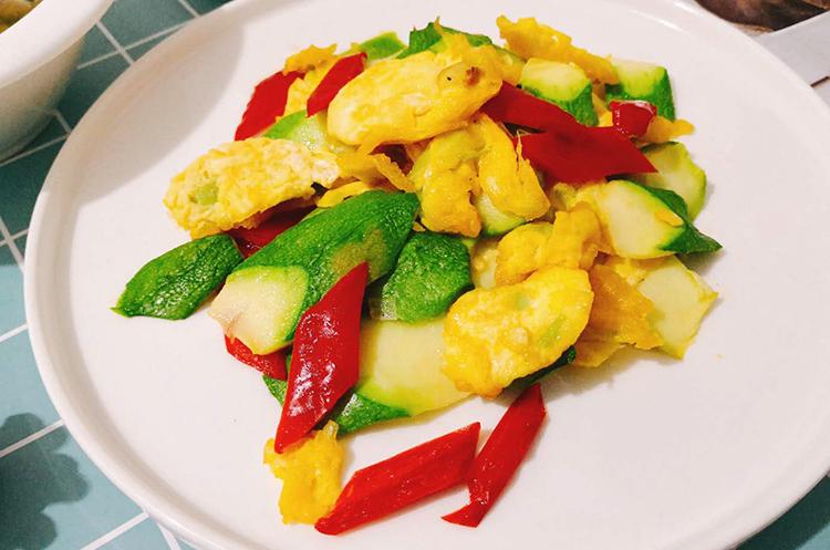 【月子餐】清新野菜狮子头/角瓜炒鸡蛋/红糖醪糟