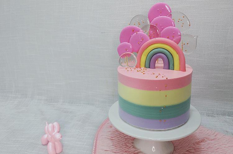 彩虹造型艺术蛋糕
