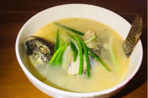 酸木瓜煮鱼